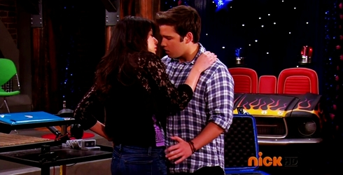 File:ICarly.S07E07.iGoodbye.480p.HDTV.x264 -Finale Episode-.mp4 002363567-044.jpg