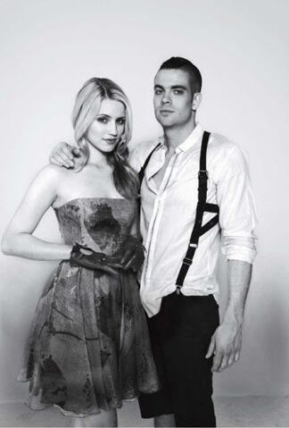 File:341px-Dianna agron and mark salling 97.jpg