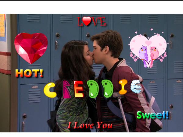 File:Creddie Kiss 2.jpg