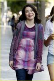 Miranda-cosgrove-big-sugar-14