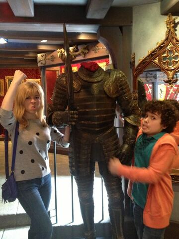File:Jennette and Cameron with a warrior at Disneyland.jpg