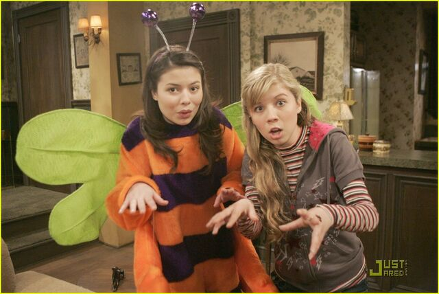 File:Icarly-scream-halloween-01.jpg