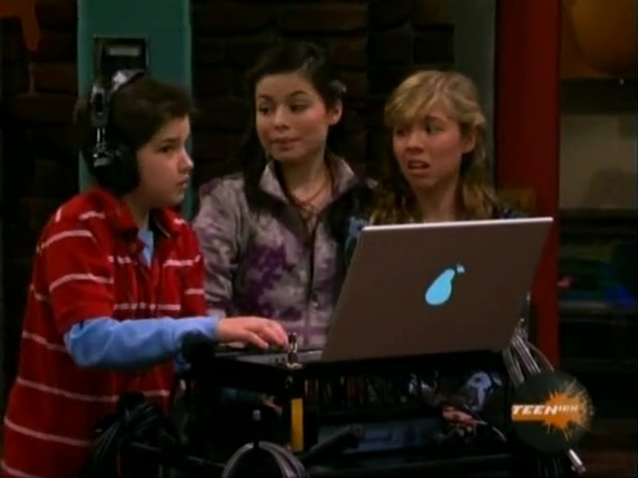 File:ICarly.S01E04.iLike.Jake.avi.flv 001206138.jpg