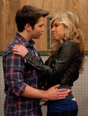 Sam kiss Freddie