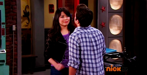 File:ICarly.S07E07.iGoodbye.480p.HDTV.x264 -Finale Episode-.mp4 002367237-051.jpg