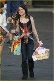 Miranda-cosgrove-big-sugar-03