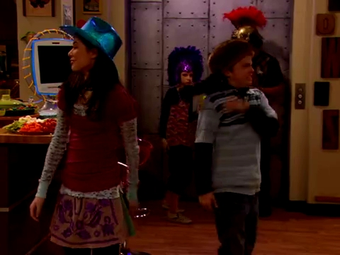 File:ICarly.S01E01.iPilot.HR.DVDRiP.XviD-LaR.avi 001532500.jpg