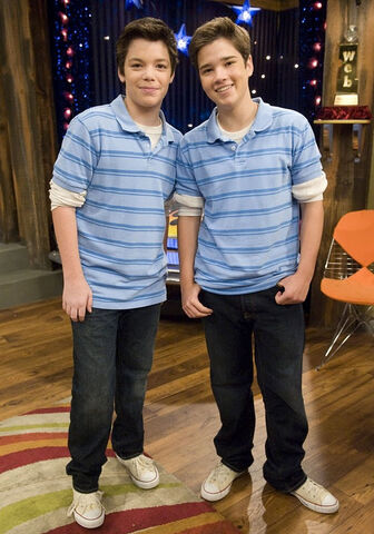 File:Icarly-look-alike-stills-07.jpg