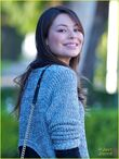 Miranda-cosgrove-kings-road-01