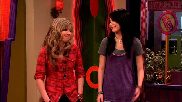 File:ICarly.S04E09.iPity.the.Nevel-HD.480p.WEB-DL.x264-mSD.mkv 000996872.jpg