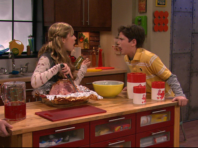File:Icarly-00118.png
