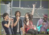 I-party-victorious-kenan-02