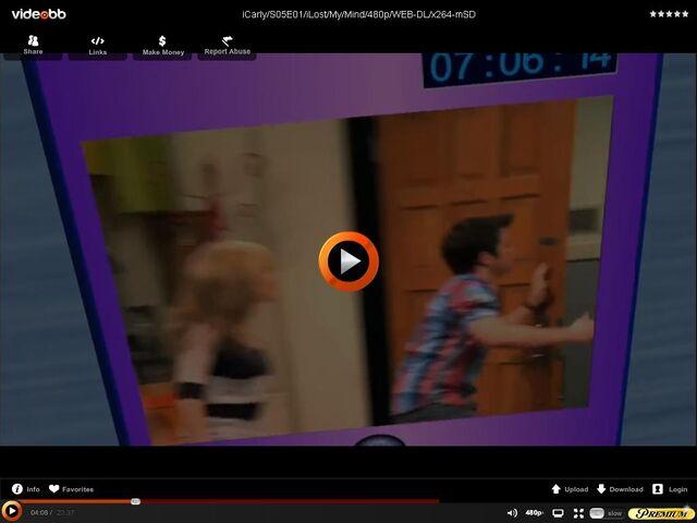 File:Sam wearing blue.JPG
