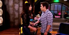 ICarly.S07E07.iGoodbye.480p.HDTV.x264 -Finale Episode-.mp4 002356810-033