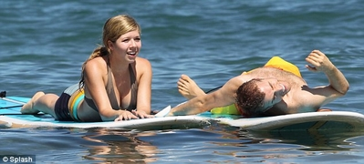 File:Normal Jennette McCurdy in Hawaii 281029.jpg