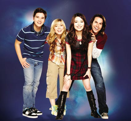 File:Icarly season 2.jpg