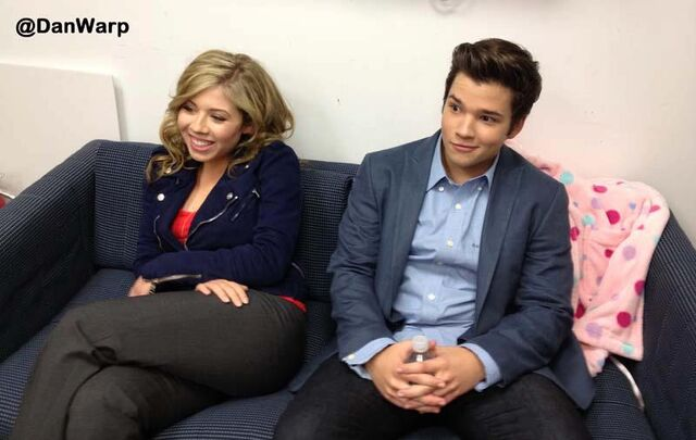 File:Jennette and nathan.jpg