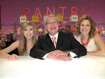File:Jennette-McCurdy-Country-Cupcakes-Cupcake-Wars.jpg