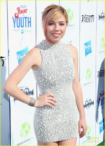 File:Jennette-mccurdy-power-youth-01.jpg