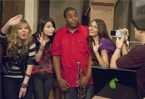 File:Iparty with victorious kenan thompson.jpg