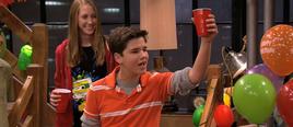 Seddie Freddie toasts Sam iMSG