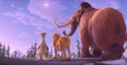 Cosmic-Scrat-tastrophe-short-kicks-off-Ice-Age-Collision-Course4