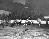 Leafs v Red Wings 1942