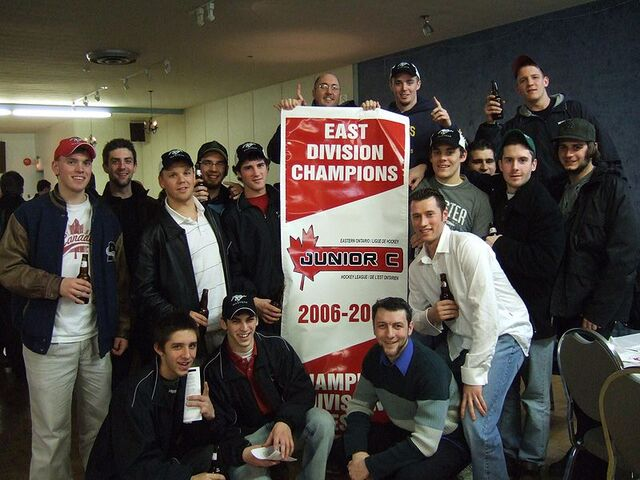 File:Maxville Mustangs East Div champions.JPG