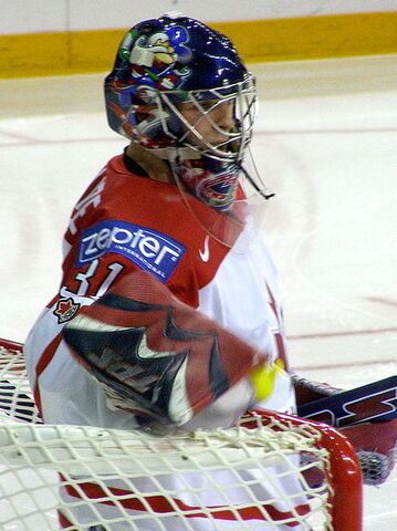 File:Pascal Leclaire WC2008.jpg