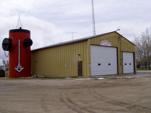 File:Elm Creek, Manitoba.jpg