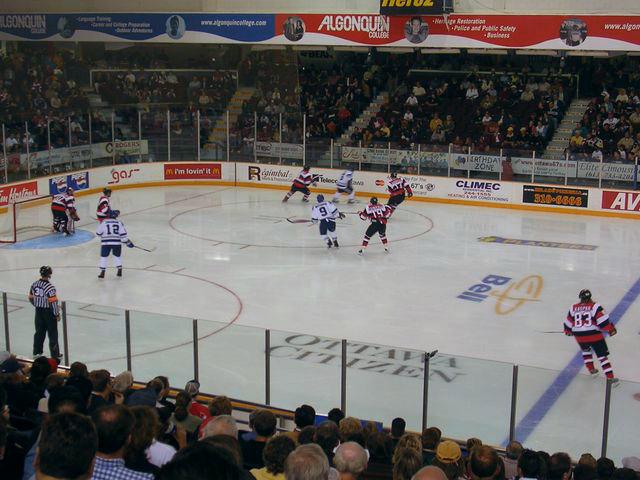 File:Ottawa 67s v Sudbury Wolves Sep 30 2004.jpg