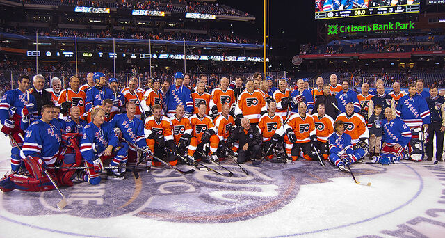 File:Philadelphia Flyers and New York Rangers Alumni Game Group Portrait.jpg