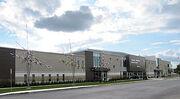 Centre sportif Léonard-Grondin - facade2