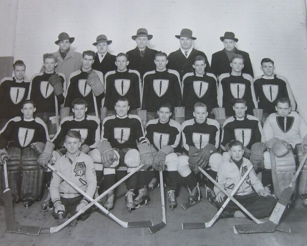 File:REGINA JUNIOR COMMANDOS - 1944-1945.jpg