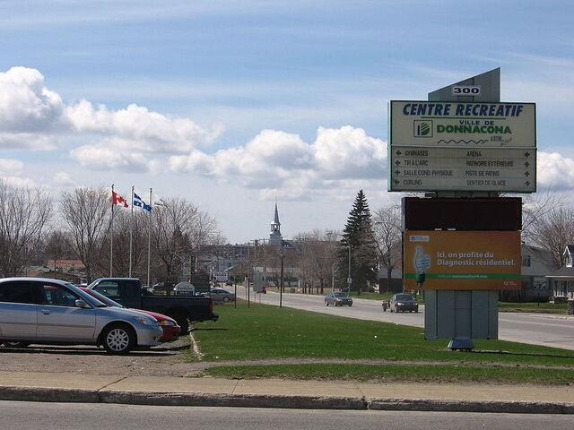File:Donnacona, Quebec.jpg