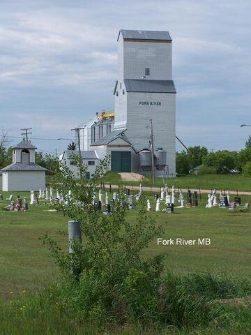 File:Fork River, Manitoba.jpg