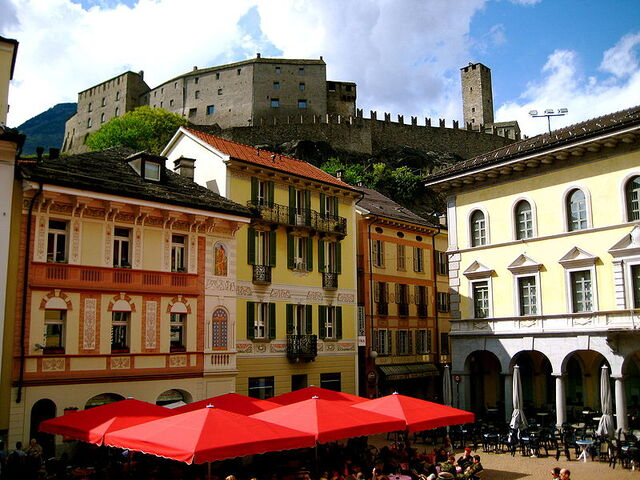 File:Bellinzona.jpg