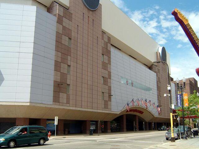 File:Target Center.jpg