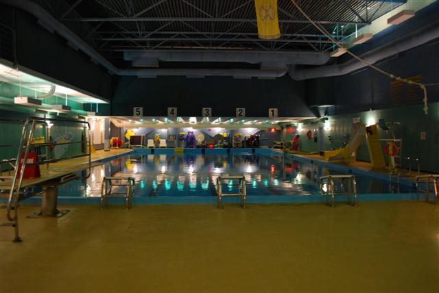 File:La Centre de Temiscaming 8.JPG