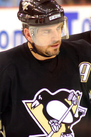 Mark Recchi, alternate captain of the Pittsburgh Penguins, in 2006