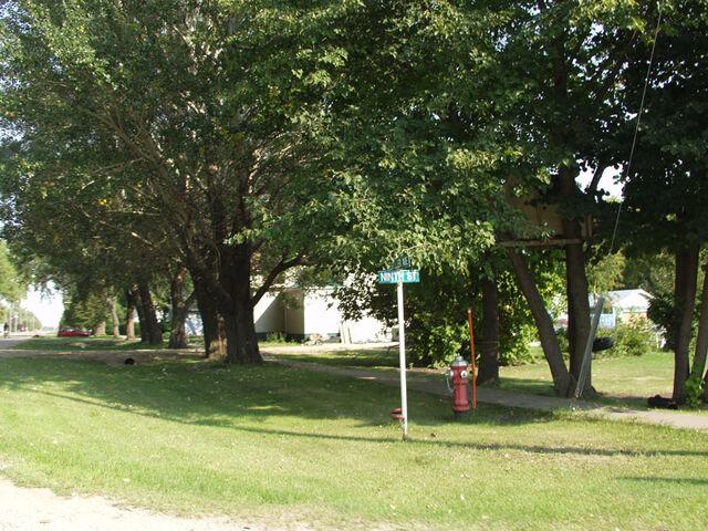 File:Gretna, Manitoba.jpg