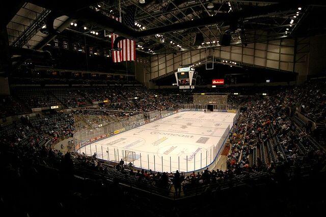 File:Allen County Memorial Coliseum.jpg
