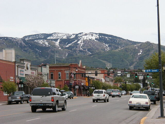 File:Steamboat Springs, Colorado.jpg