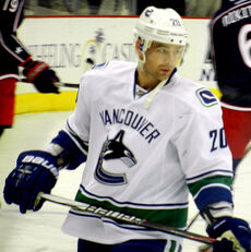 Chris Higgins Canucks.jpg