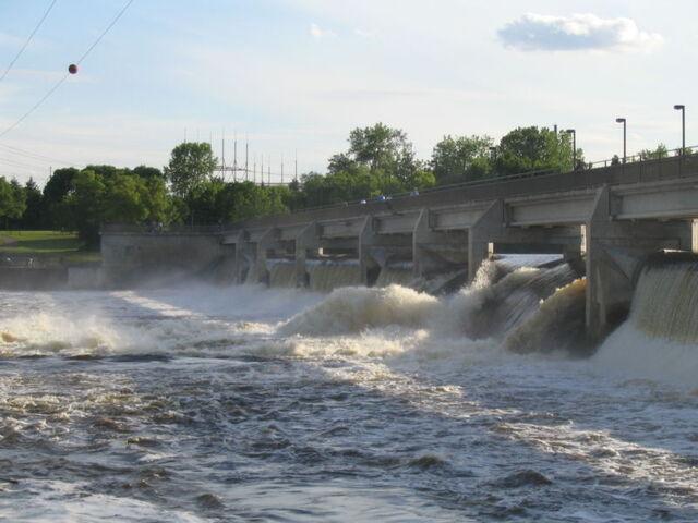 File:Coon Rapids, Minnesota.jpg