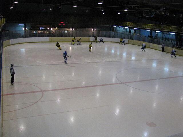 File:Dvorana Velesajam Zagreb.JPG
