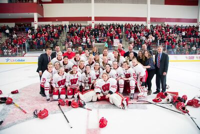 2017 WCHA women's champs Wisconsin Badgers