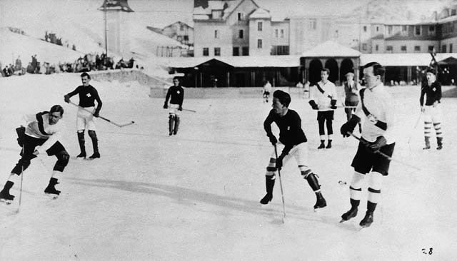 File:Ice hockey 1922.jpg