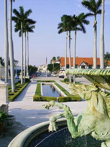 File:Palm Beach, Florida.jpg