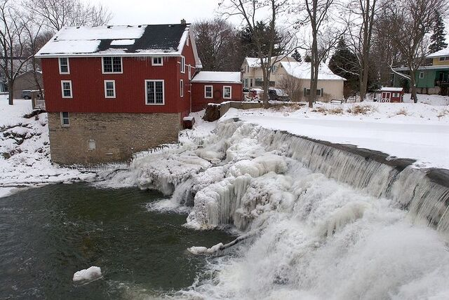 File:Honeoye Falls, New York.jpg